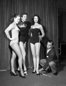 vintage-leg-contest
