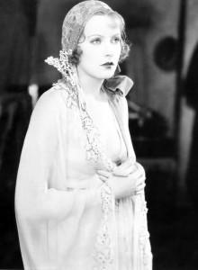 Greta_Garbo-smoking-hot-babe-young-after_thumb_585x795