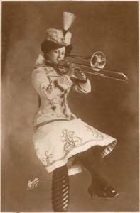 New+York+Lady+Trombone+tst