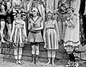 bathing 1919