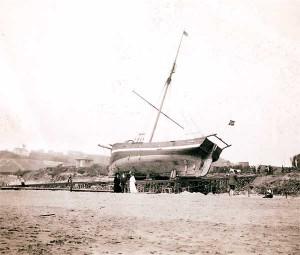 gjoa-beached