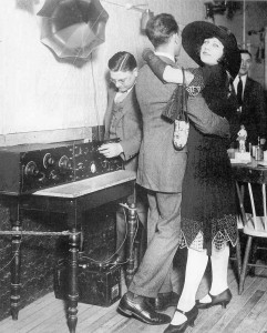 radio dance 1920