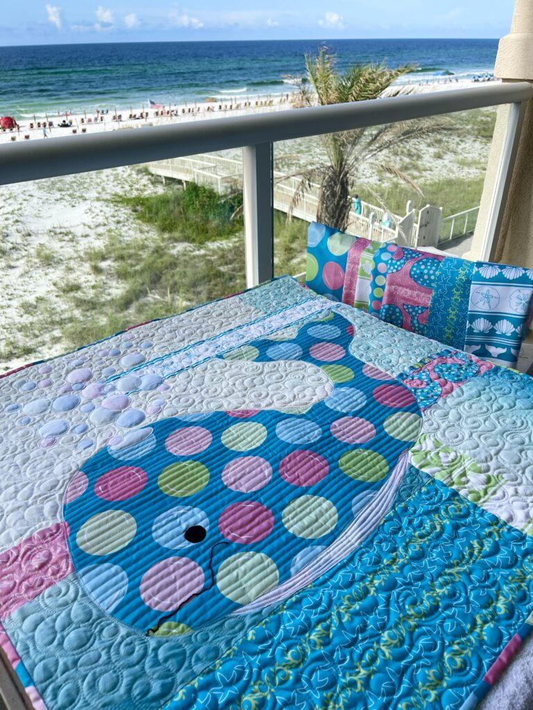 Image of Bubbles Quilt and Fabrics