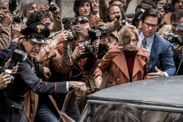 """Michelle Williams and Mark Wahlberg star in Ridley Scott's crime-drama """"All the Money in the World."""""""