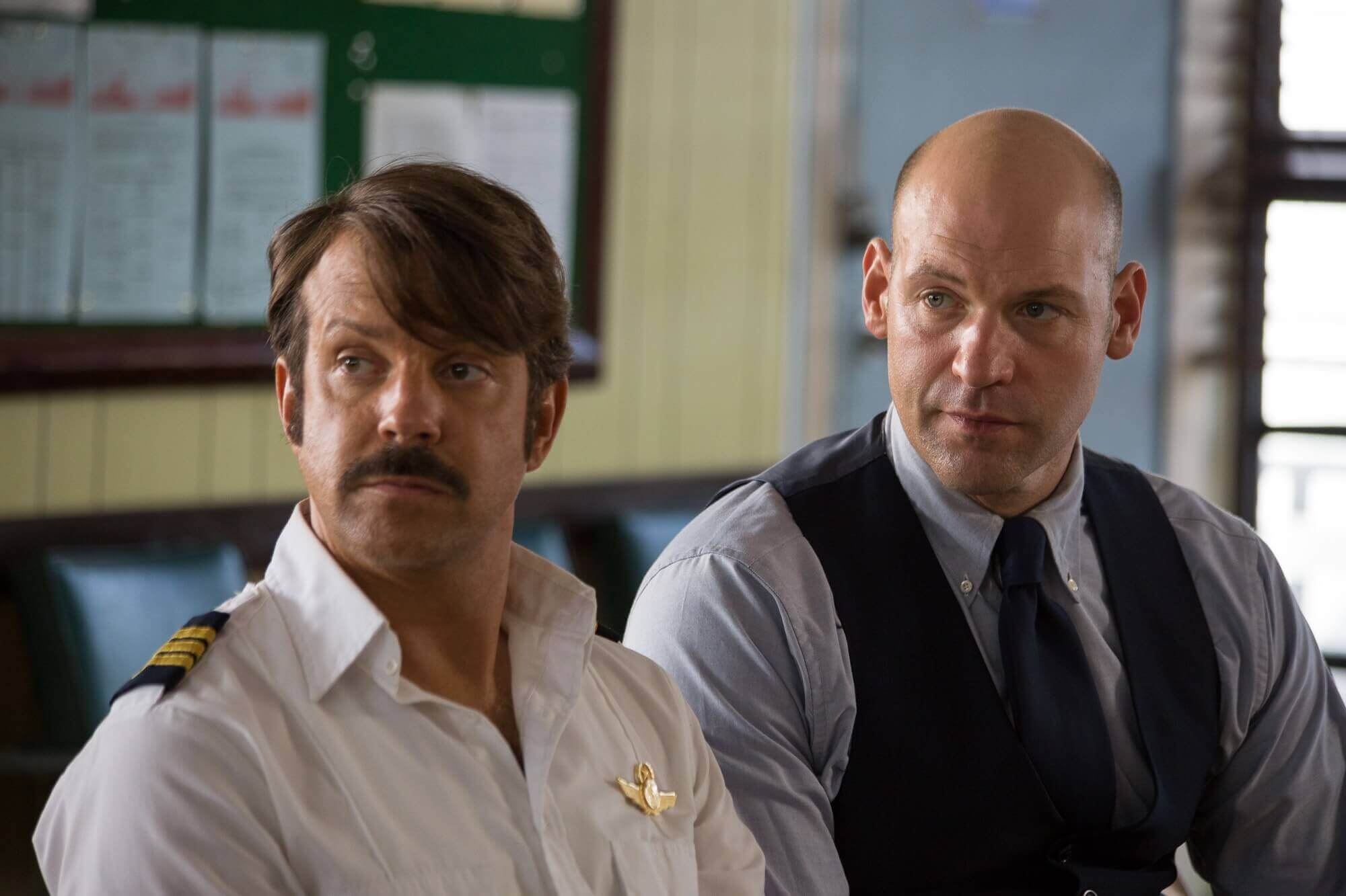 Jason Sudeikis and Corey Stoll in Driven
