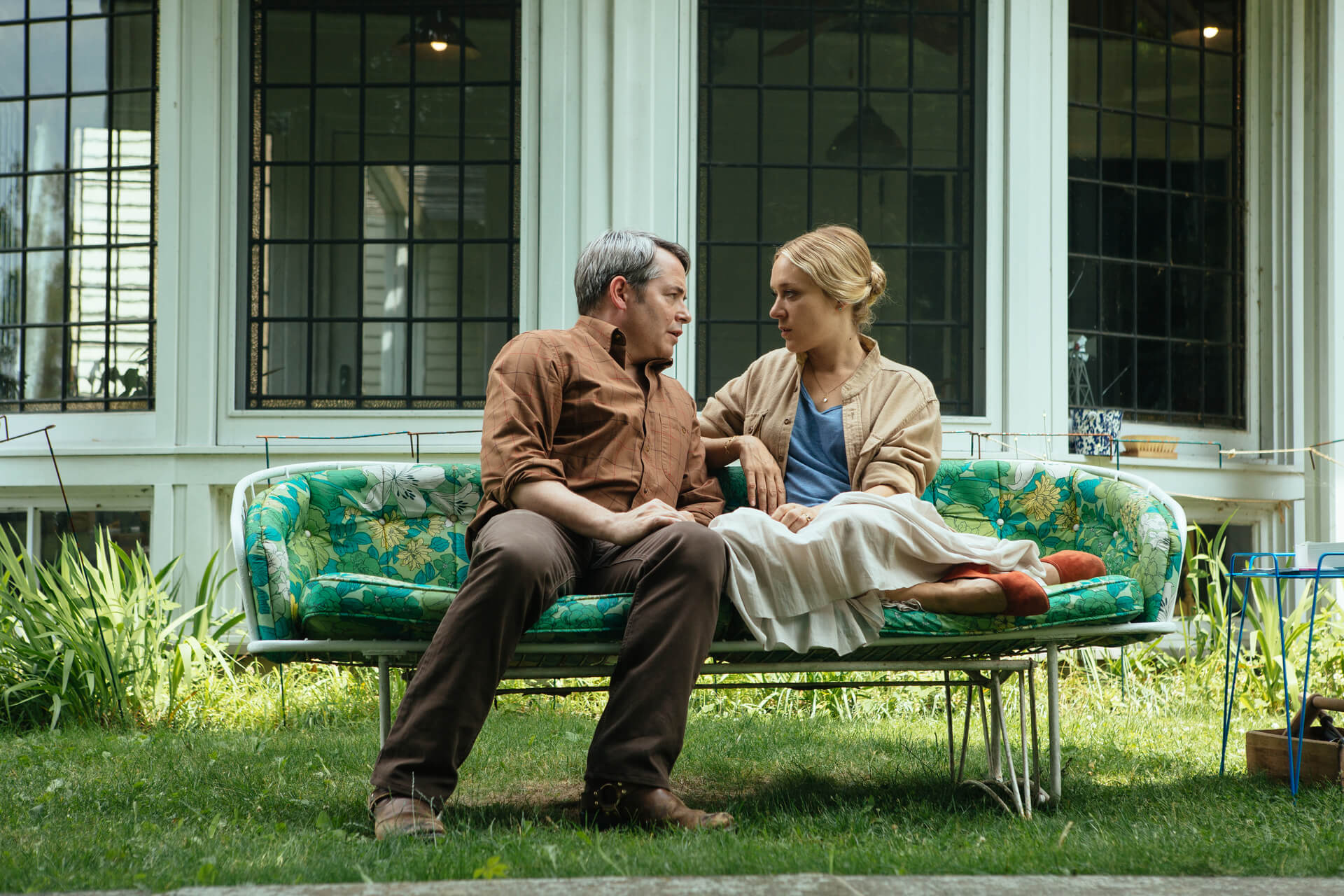 """Matthew Broderick as Murray Krafft and Chloë Sevigny as Carolyn Krafft in the drama /comedy """" LOVE IS BLIND ,"""