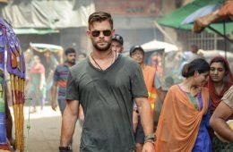 Image of Chris Hemsworth in Extraction [Netflix]