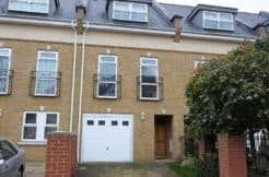 3 bedroom townhouse to rent from serviced accommodation