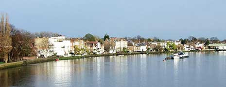 Serviced Accommodation property rental in Chiswick