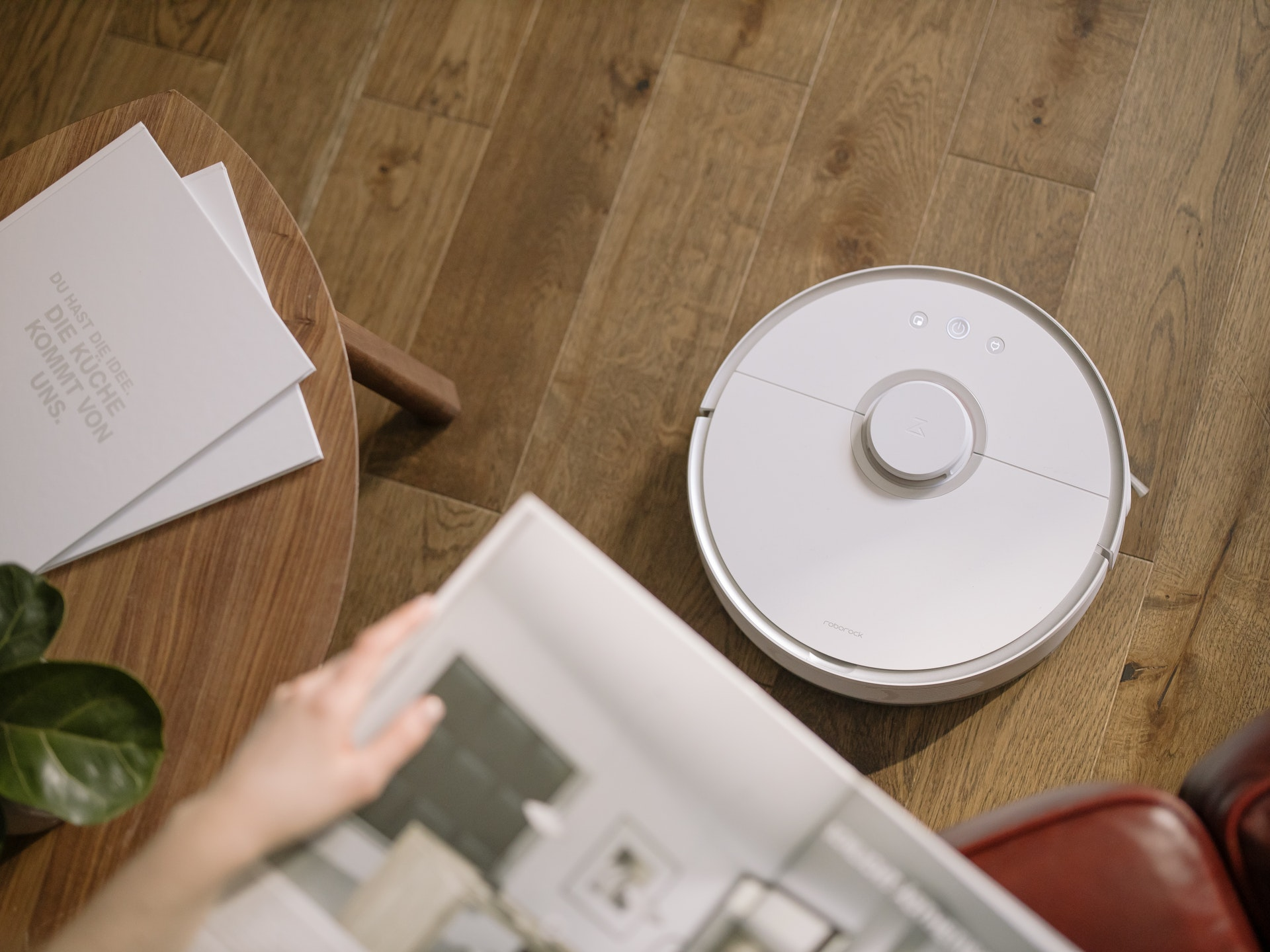 Cleaning using a robot vacuum is a gamble for any homemaker.