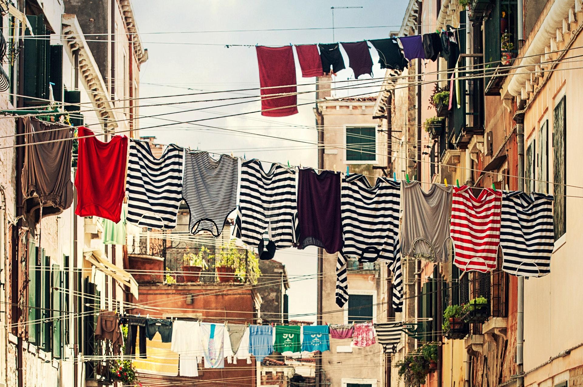 Household laundry hacks help life easier for any homemaker.