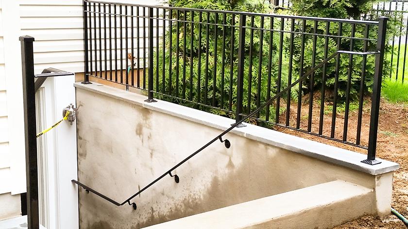 E11 Exterior Iron Guardrail and Handrail