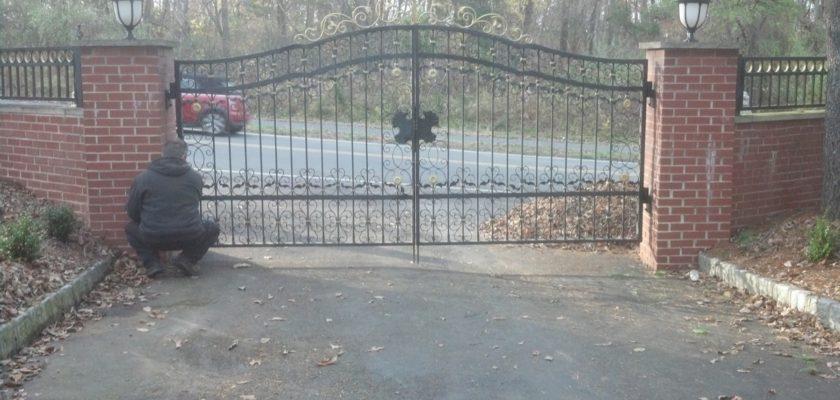 EG4 Double Driveway Gates