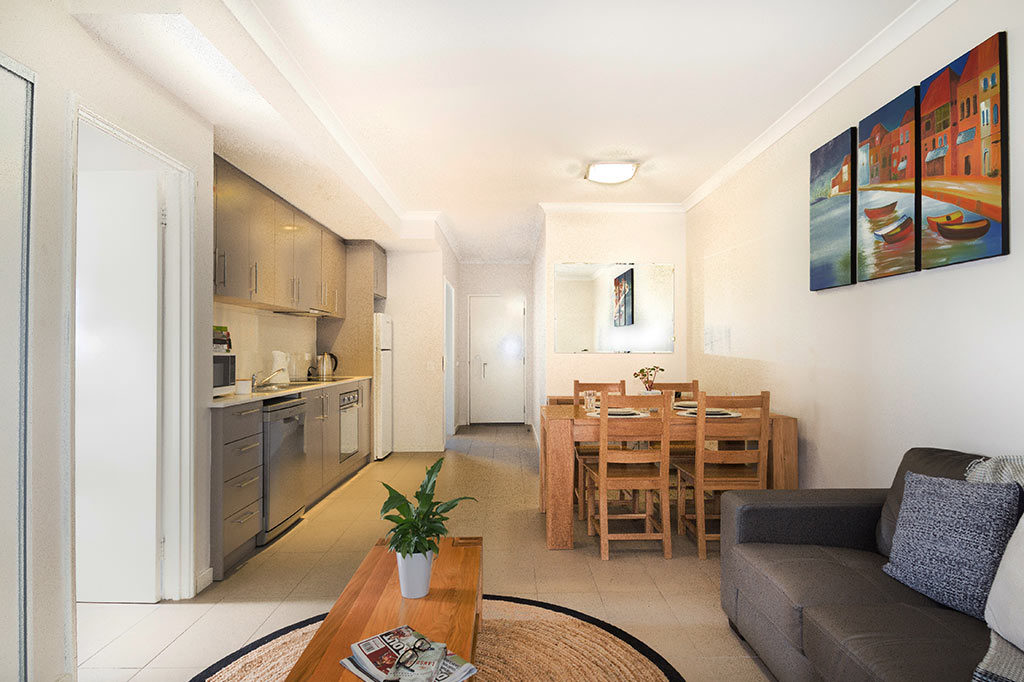 Two Bedroom Apartment With Private Courtyard