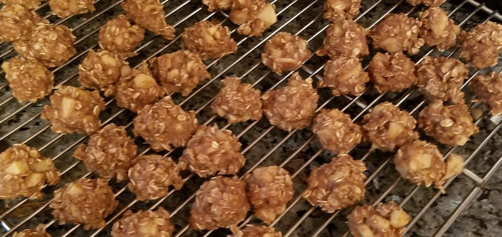 Cooked oatmeal balls