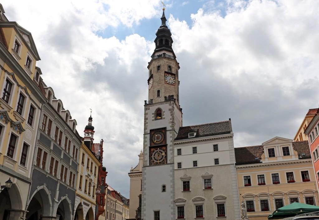 Герлиц. Башня Старой ратуши со львом.