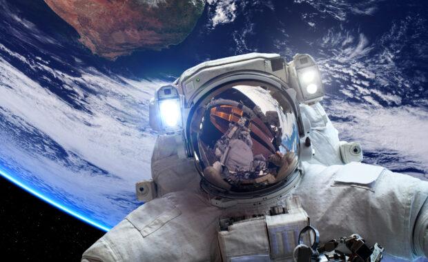 Astronaut Spine