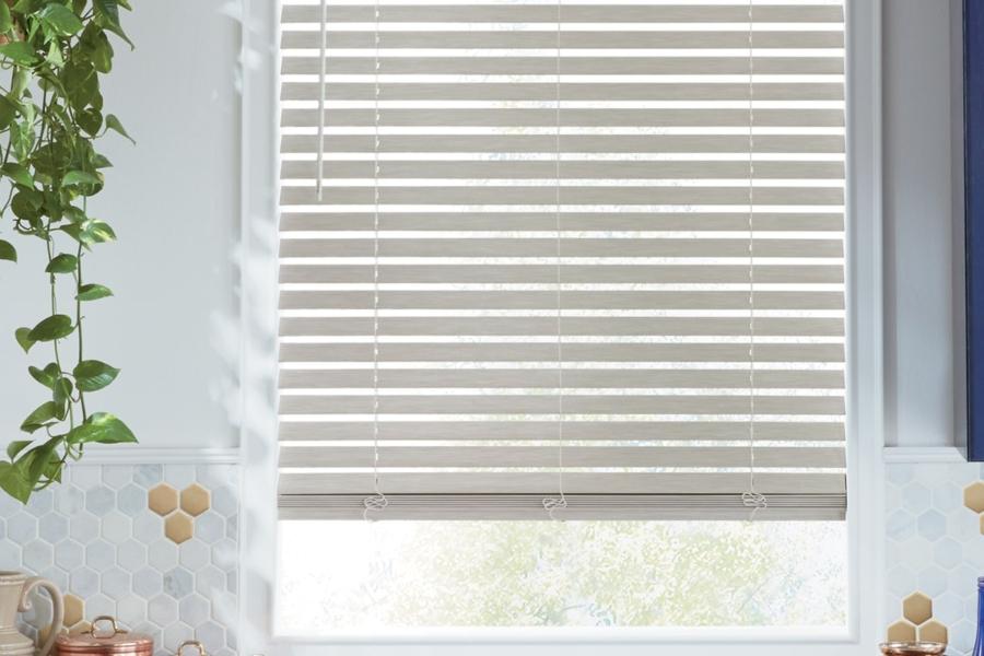 alternative-wood-blinds-everwood-trugrain-carousel-02_0