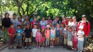 Zoo goers gather for a group picture.