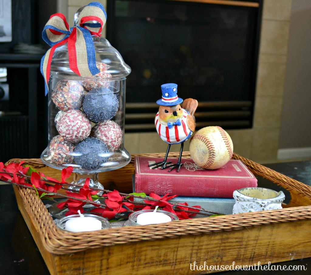 Looking for a little something to fill in your holiday decorating holes? These Easy 4th of July Decorative Spheres and versatile, inexpensive, and of course, easy! From thehousedownthelane.com.
