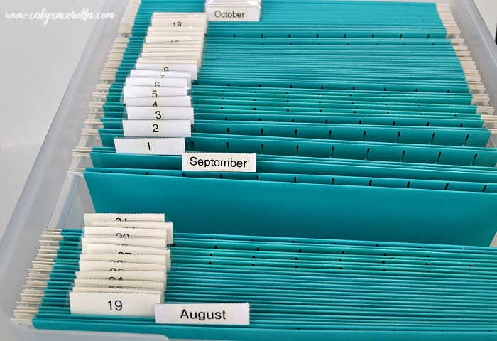 Keeping yourself, your office, and your business organized is challenging. But there's one tool that will help you get and stay organized and manage your workflow. Don't miss how to get organized with a Tickler File! #organization #organized #homeoffice #officeorganization