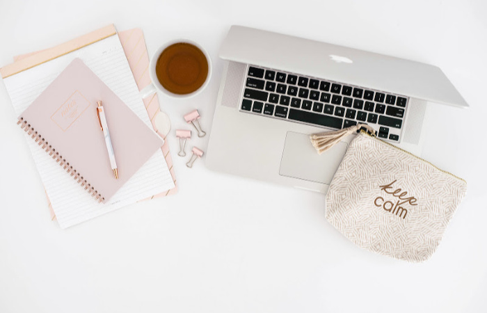 25+ DIY Desk Organizers We're Loving Right Now