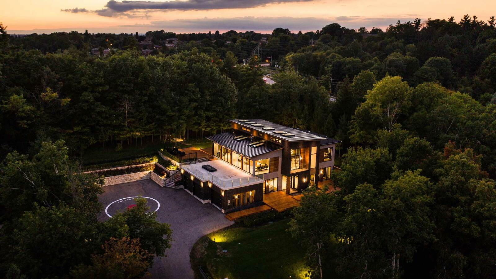 real estate photography and videography mississauga