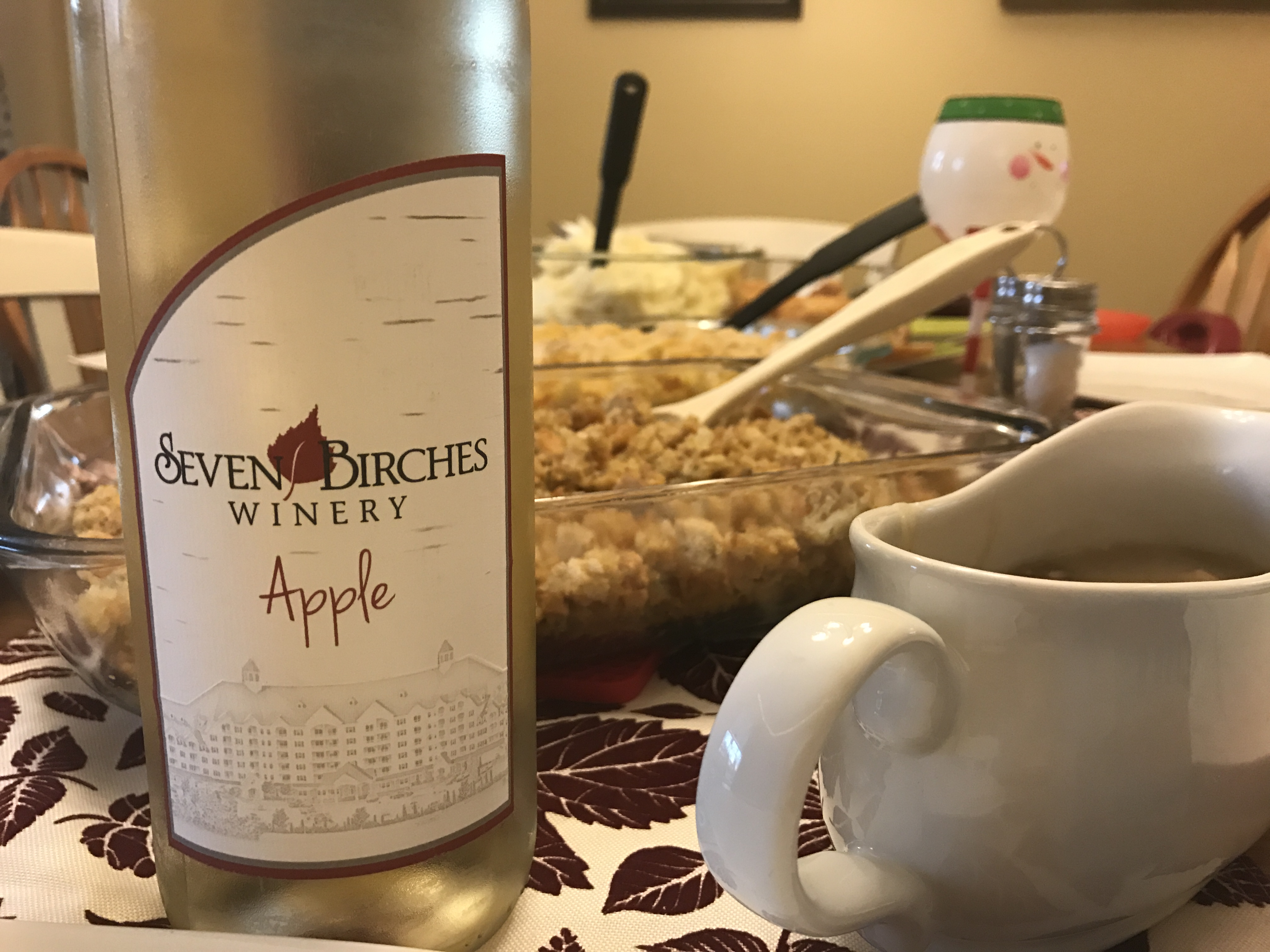 Why Apple Wine is the Perfect Thanksgiving Wine