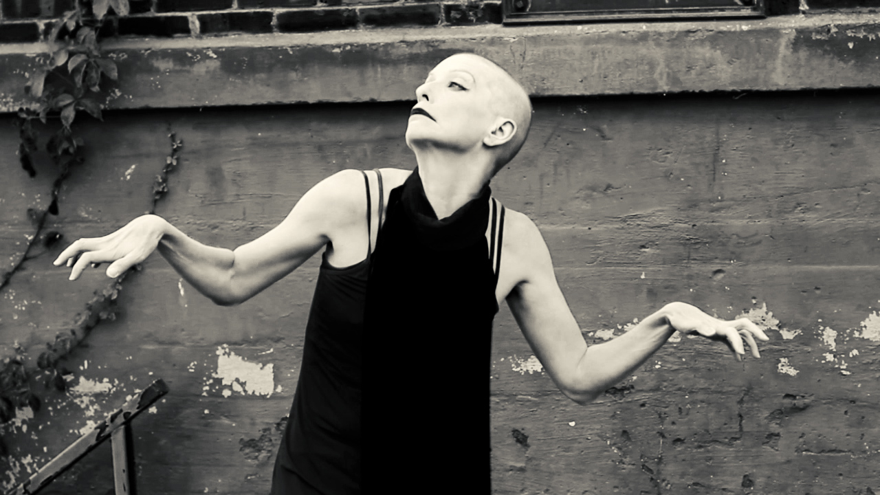 I-Freak-Faster-Constance-Humphries-Butoh Dance