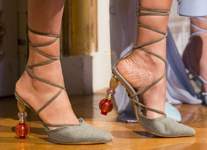 2019 Summer Shoe Trends from Shoe Palace - Structural heels