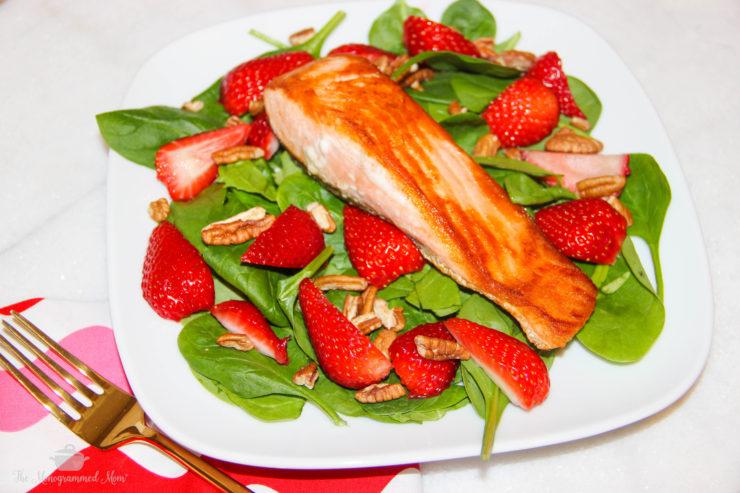 Seared Salmon Strawberry Spinach Salad {Whole30} {Paleo}