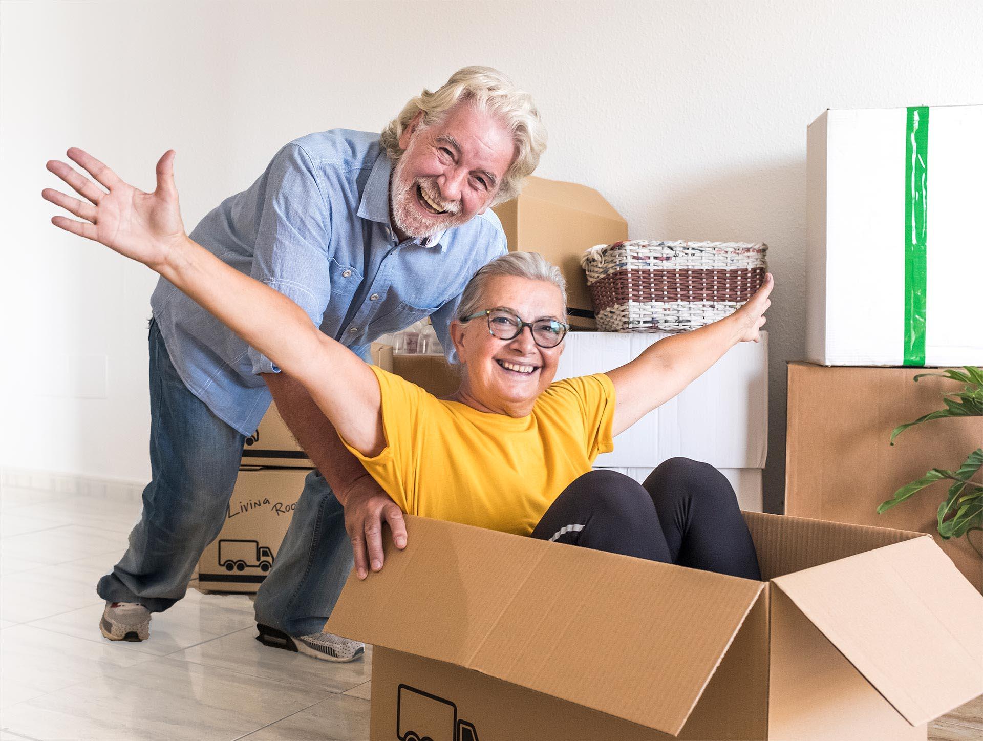 Arbors New Resident Offer - Couple Moving