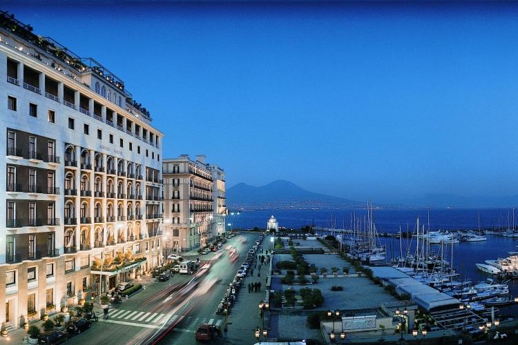 Grand Hotel Vesuvio - Naples