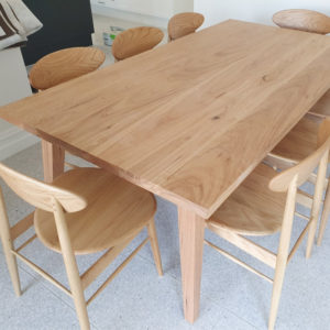 Beautiful Dining Table Image