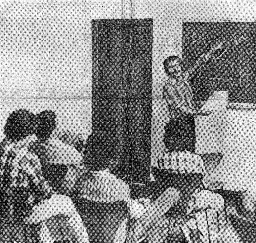 As aulas teóricas do Curso Marazzi de Pilotagem eram ministradas na sede do Centauro Motor Clube. Foto acervo Marazzi / Reprodução/ Motostory