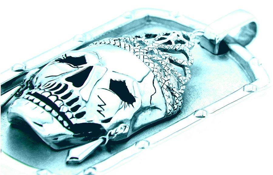 Lolan T Lookbook Golgotha Collection Tags Queen Skull