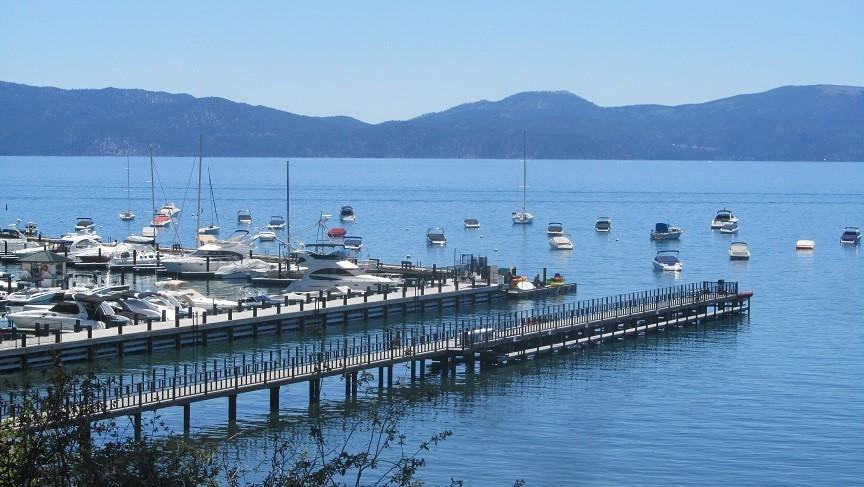 We arrive at the new Marina in Tahoe city, take a quick walk and have lunch