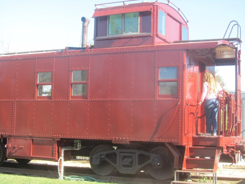 Looking for food, the signs here at the railroad museum  said there was food here, but we did not find any