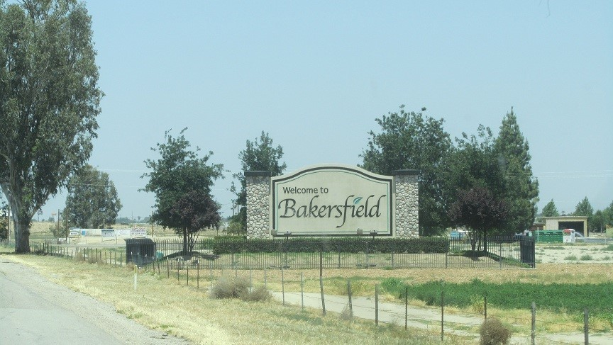 Entering Bakersfield - Athena's mom lived here when Athena was little. Her mom hated it here, as people kept stealing her clothes. All we know about this town, is not to live here if you want to keep your clothes on.