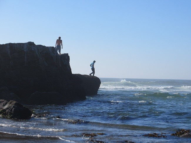 Men with a death wish are commonplace; Rocks and waves seem to attract them.