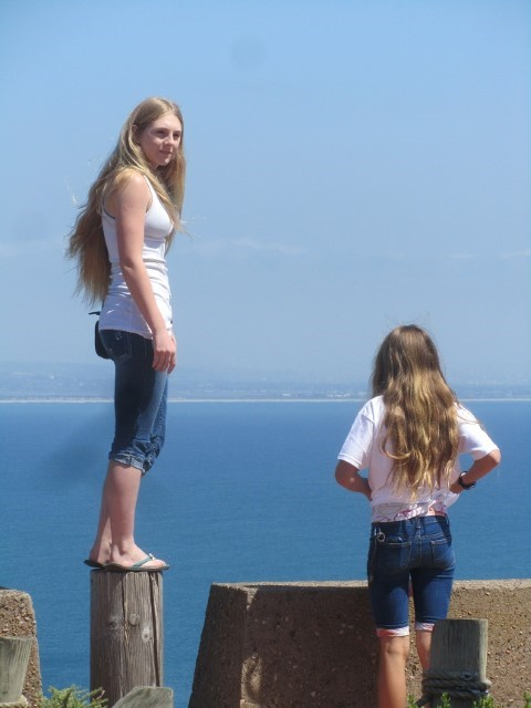 Holly wants to see what it feels like to visit the monument from a sea gulls point of view.