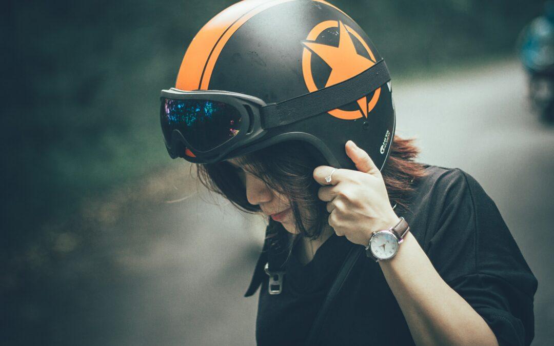 Choose the Right Motorcycle Helmet