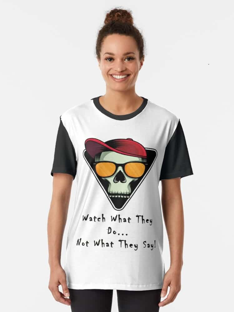 College student Graphic-t-shirt