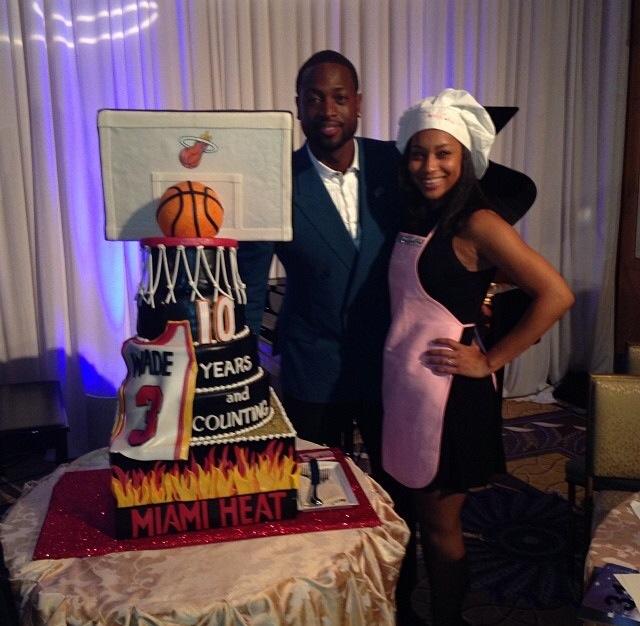 Jordyn Bakes A Specialty Cake for Dwayne Wade for His Birthday. Via Instagram (@exjordynary)
