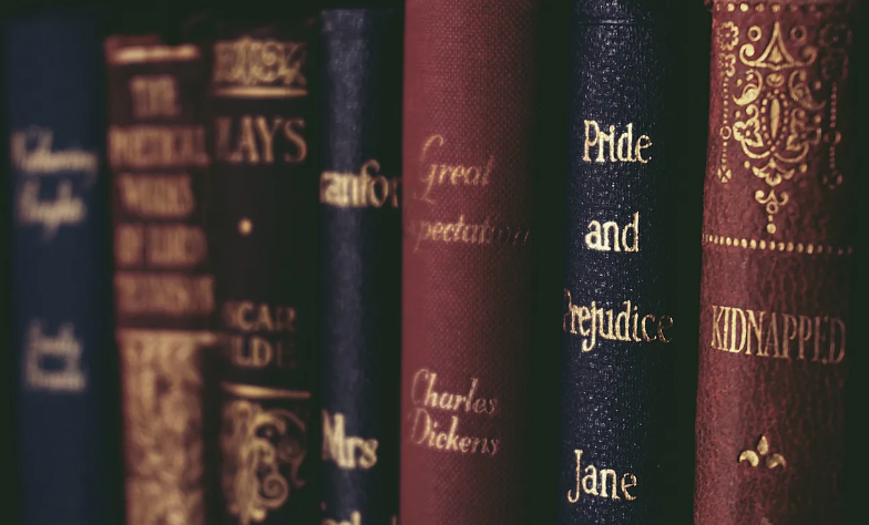 Screenshot_2020-07-25 Close-Up of Books on Shelf · Free Stock Photo
