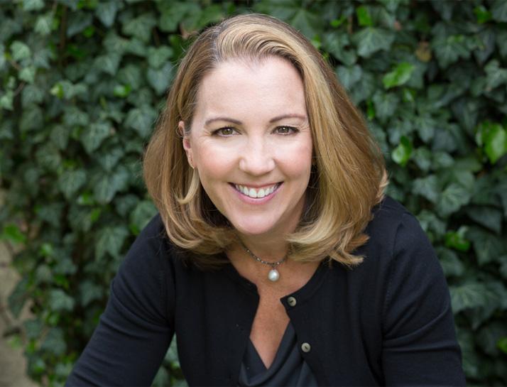 Jane Healey Headshot
