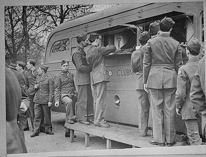 Girls Serve Troops from the Clubmobile