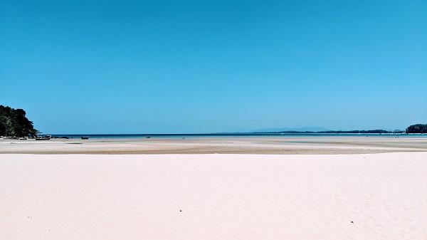 Serene Nai Yang Beach Cove