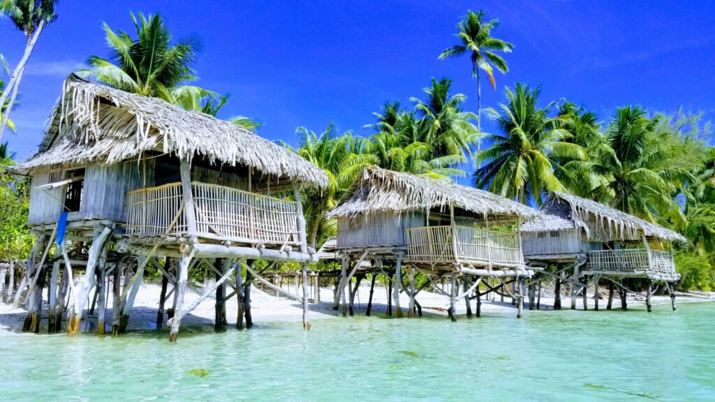 Terau Beach Bungalows - Kiribati beach Lovers Paradise