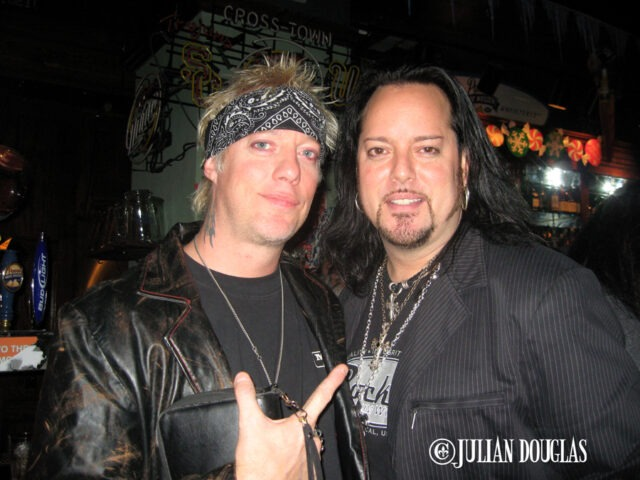 Jani's 1st time down to one of my 80's nights in Universal City Walk and of course he got up & played later 12/15/07.